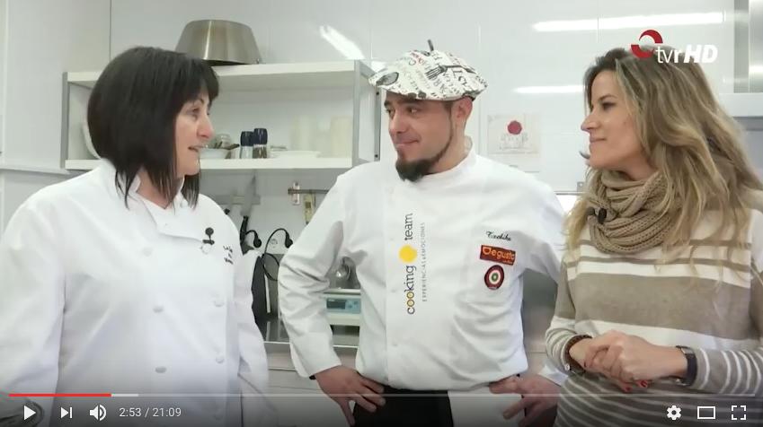 Txebiko visita La casa de las mermeladas y elabora una receta con sus productos artesanales