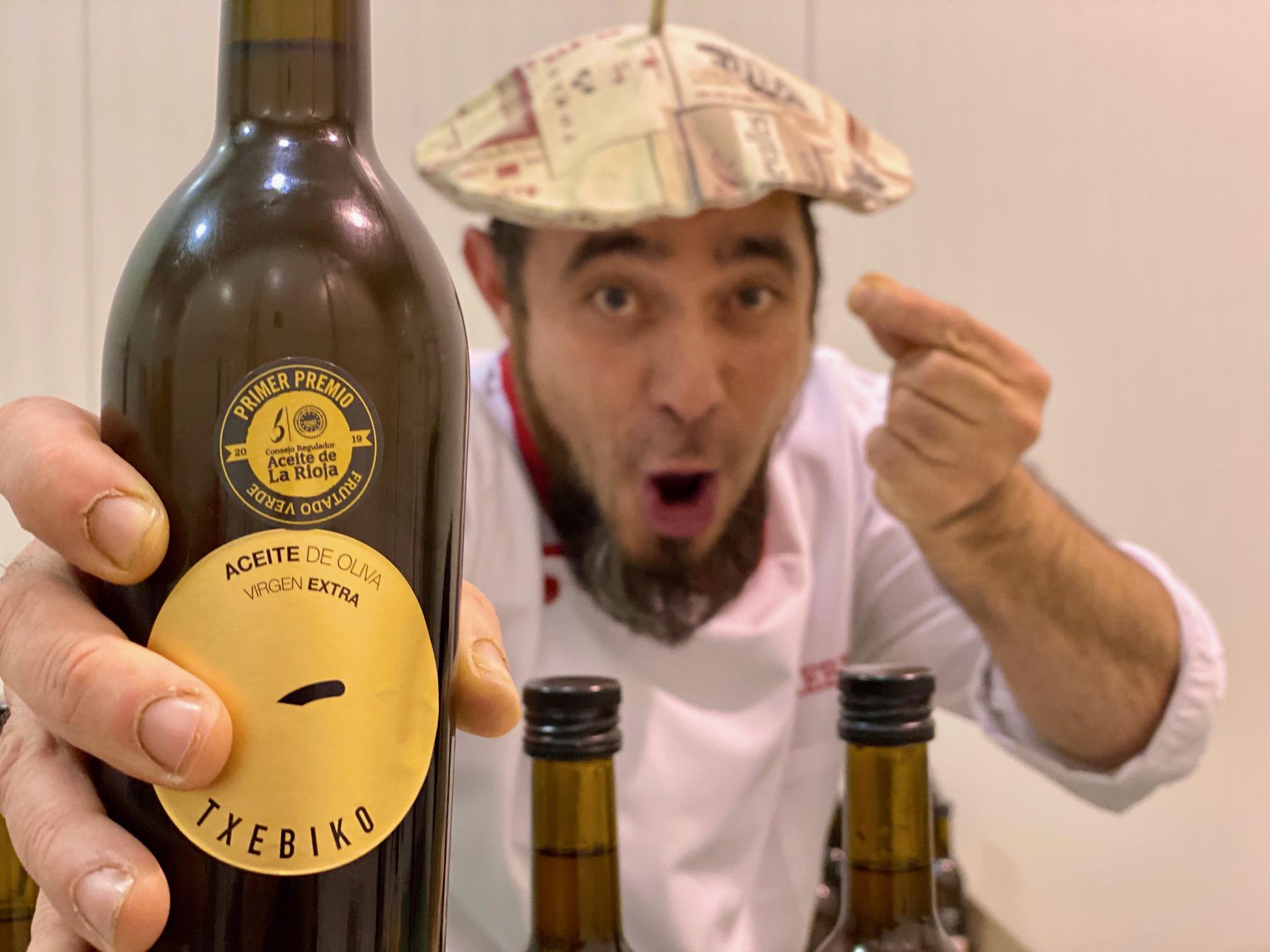 Txebiko presenta su aceite de oliva virgen extra en Infolivo